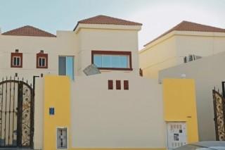 Fully Furnished 2 Sharing Exec Bachelor Bedspace Attach Bath (Near Qatar Airways T1, Metro Station,Toyota Signal)
