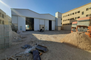Warehouse/Store For rent