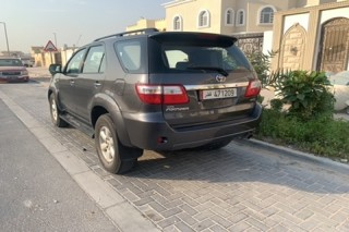 Toyota Fortuner v6 CAR FOR SALE