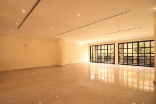 SPECIAL OFFER: Spacious 4BR + Maid Villa in Duhail FOR RENT