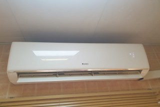 Gree Ac 2ton perfect for sale