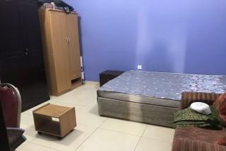 SHARED Room near metro station for FEMALES