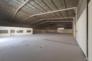 Garage or workshop 1300 m industrial AREA DOHA