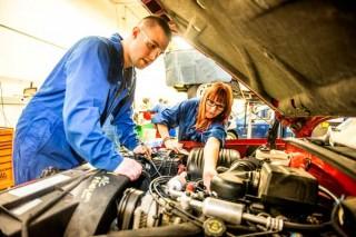 Flat Tire Repair / Mobile Puncture Repair call